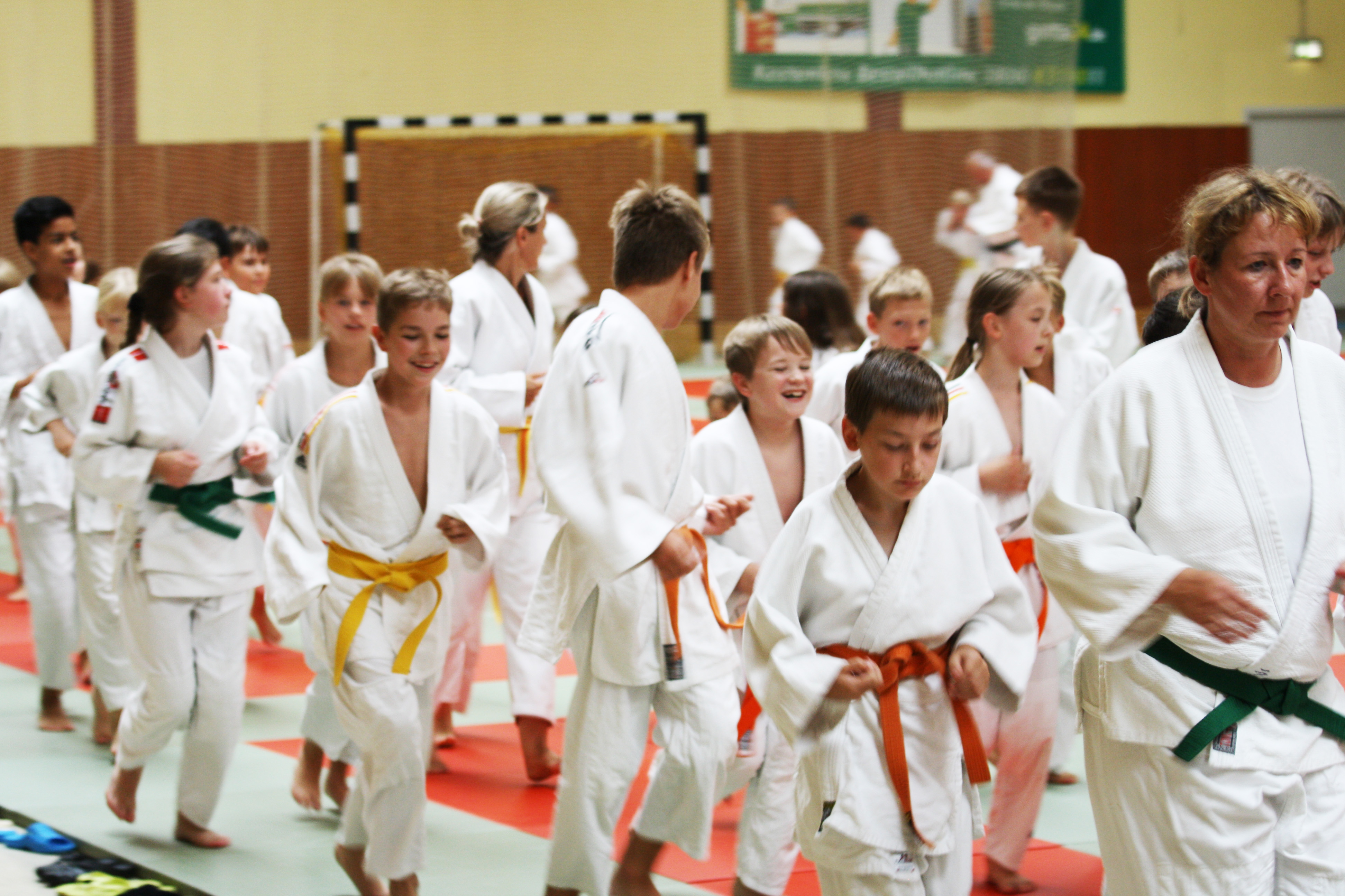 Judoka beim Aufwärmen